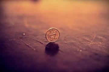 抛硬币概率问题,一道竞赛题中的斐波那契数列
