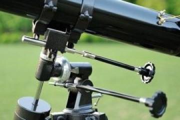 什么品牌的望远镜好?评述三款80MM口径的天文望远镜